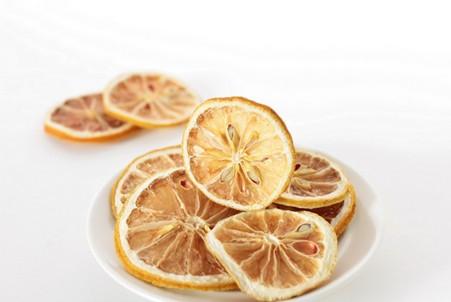 第46期:干柠檬泡水你喝不到维生素C健康卫生频道