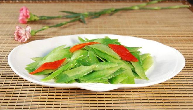 清热解毒增进食欲 营养师推荐清炒苦瓜