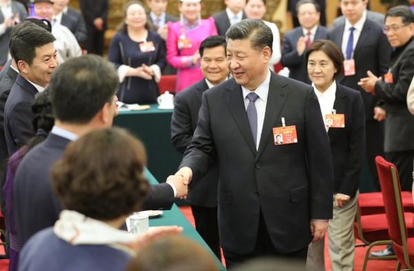 """代表委员畅谈""""健康中国"""":维护人民健康赋能美好生活"""