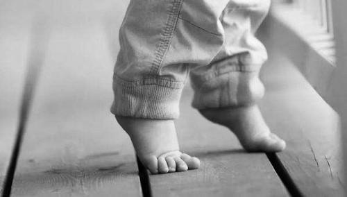 """孩子""""长脚不长个""""是误传"""