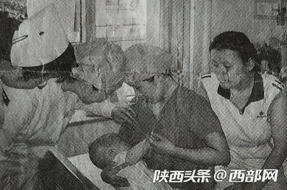 """汶川灾区""""护士奶妈"""":作为妈妈 我为自己打分""""不及格"""""""