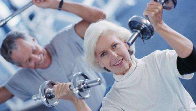 运动健身,60岁开始也不晚!这样动更长寿