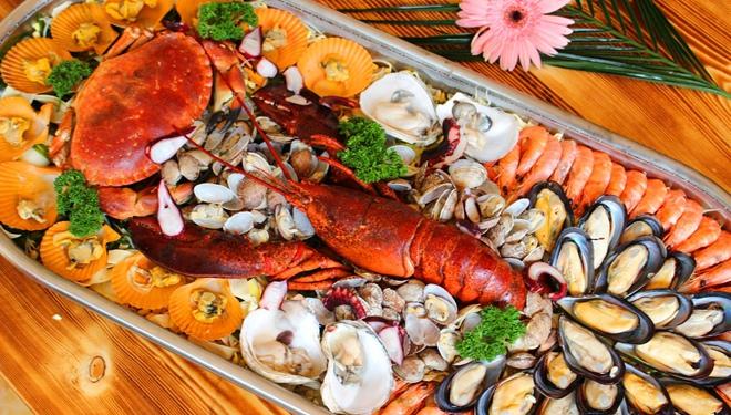 吃海鲜要煮熟蒸透 不然后果可能会很严重