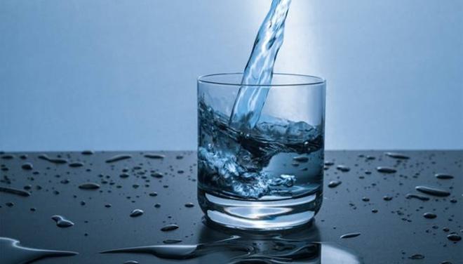 都在让你多喝水,人体一天到底应该需要多少水呢?