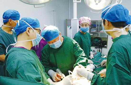 新疆皮山模式(1+1+1+X)助力深度贫困县公立医院服务能力提升