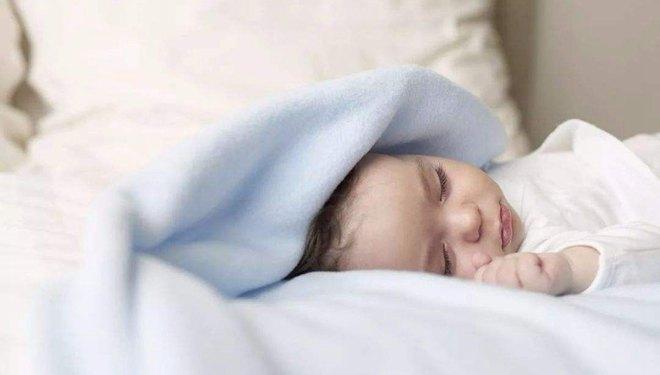 睡眠好习惯 孩子早养成早长高 看看你家娃睡饱了没