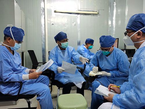 张忠德:新冠肺炎的中西医结合方案值得全球推广