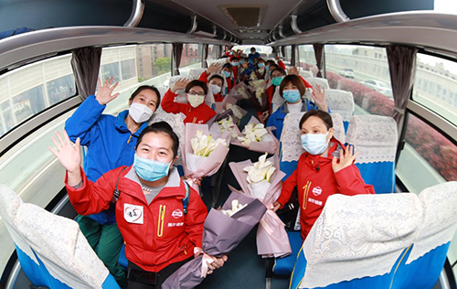 美年健康援湖北医疗队200名白衣战士平安归来