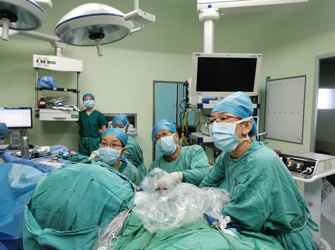 深圳市宝安区松岗人民医院率先在全区开展妇科V-NOTES手术:将为更多女性带来福音