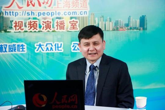 中国驻法国大使馆连线张文宏14个抗疫回答暖人心