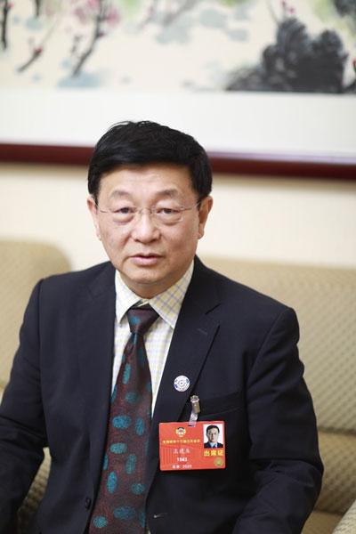 全国政协委员王建业:疫情危机孕育改革新机遇