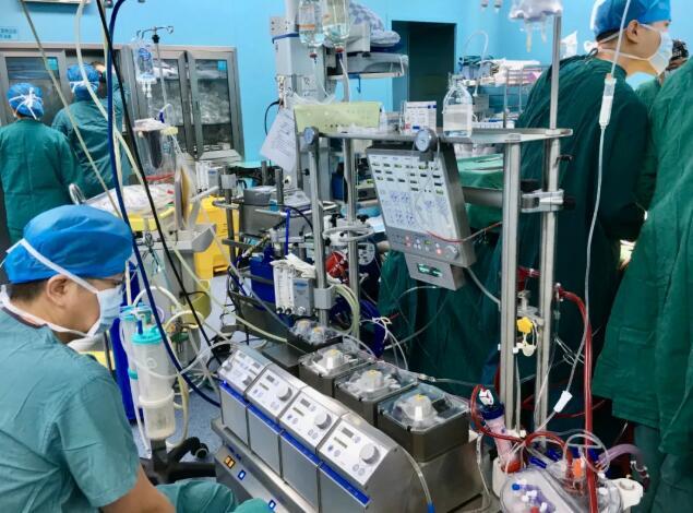 临沂七旬老人历经九死一生   ECMO联合CRRT治疗创造生命奇迹