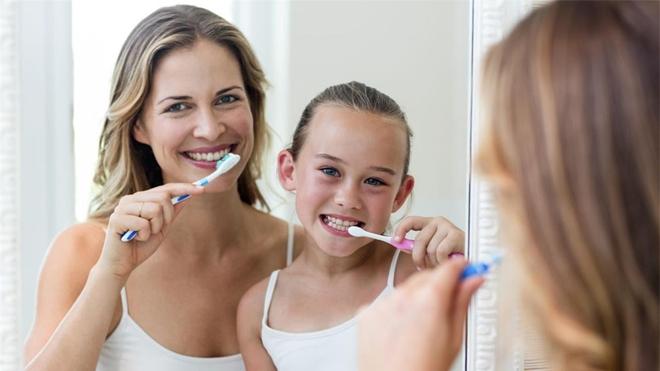 认真刷牙吧 可以防癌