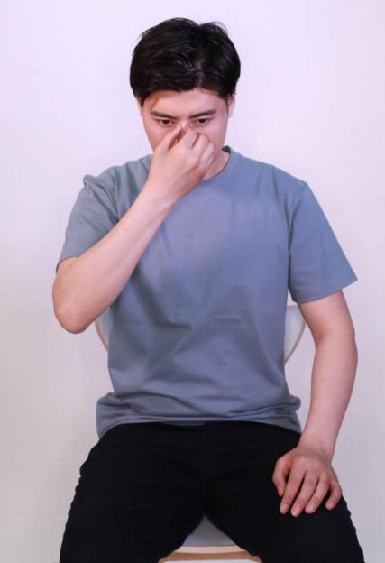 """春季过敏性鼻炎太难受?中医教你""""通鼻五式"""""""