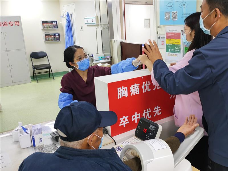 """【组图】国际护士节走近""""白衣天使"""""""