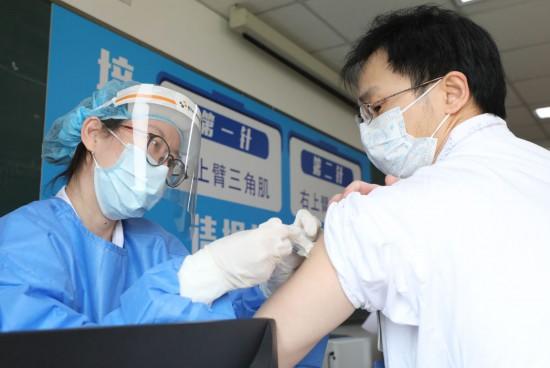 闻玉梅院士:现在是打疫苗好时机